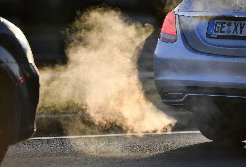 氮氧化物不僅危害環境,也會影響人體健康。(美聯社)