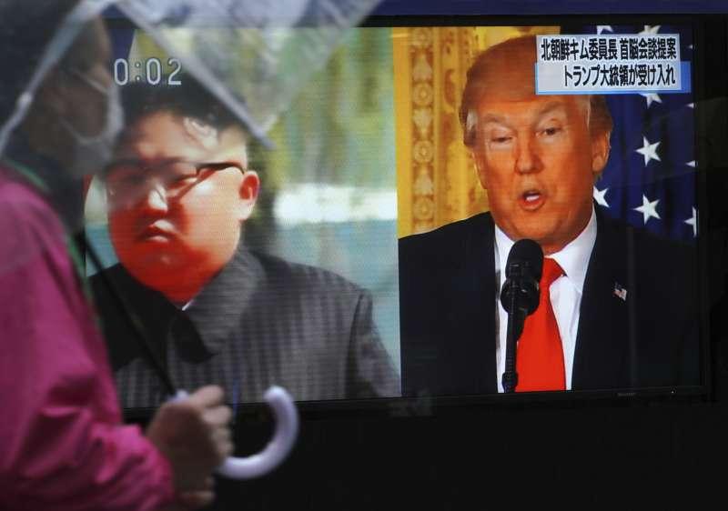 美國總統川普(右)與北韓最高領導人金正恩(左)預計於5月底之前舉行會談(美聯社)
