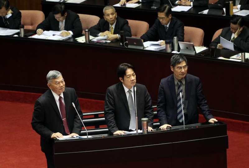 20180309-行政院長賴清德於立法院院會備詢。經濟部長沈榮津(左)、科技部長陳良基(右)陪同備詢。(蘇仲泓攝)
