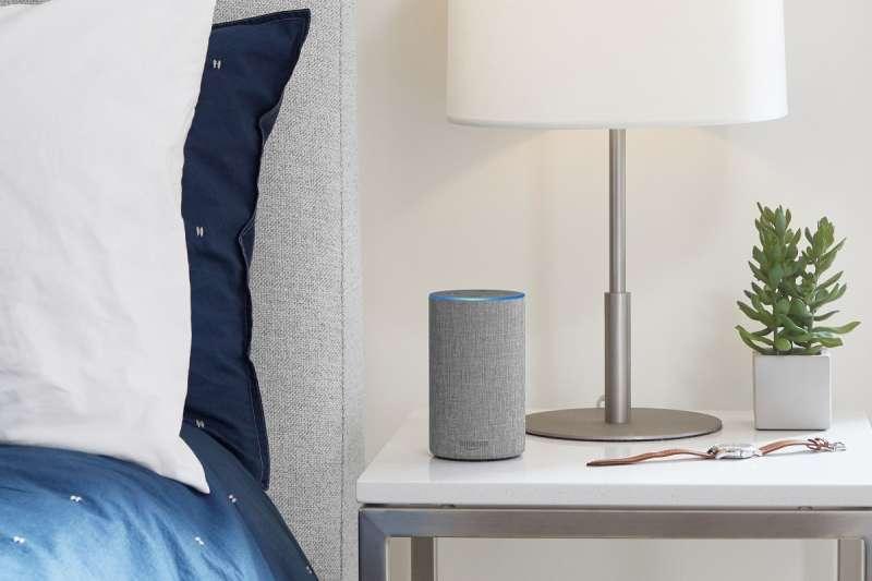 聲控裝置未來將會是一般家庭中常見的裝置,如何讓產品擺放在家中又不侵犯隱私,將成為一大挑戰。(圖/取自Amazon 官網)