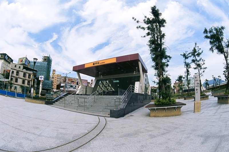 蘆洲區位於三重區西北側,鄰三重與五股。主要道路如中山一路、三民路及中正路等沿線發展成熟,生活機能完備。(圖/臺北市政府捷運工程局)
