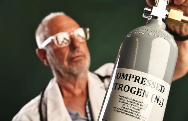 為了讓會員能夠買到氮氣罐,Nitschke 甚至自行創辦一家啤酒公司。(圖/翻攝自 Motherboard,智慧機器人網提供)