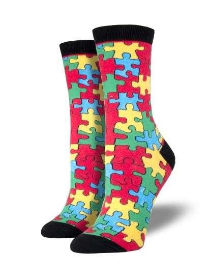 色彩鮮豔、風格誇張的襪子,是約翰瘋狂襪的主打特色。