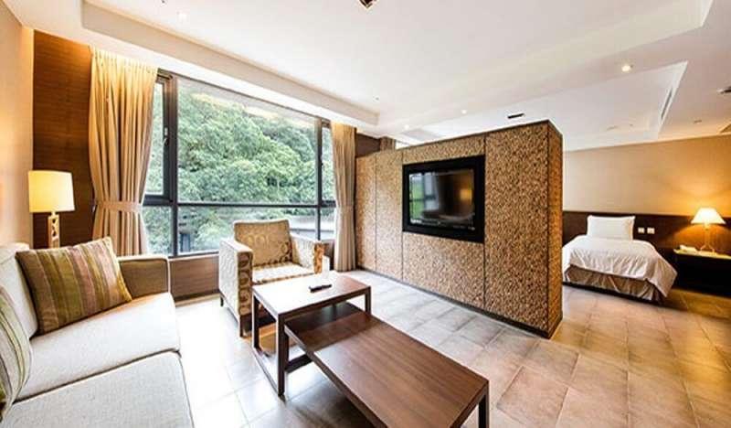 大板根森林溫泉渡假村客房。(圖/HotelsCombined提供)