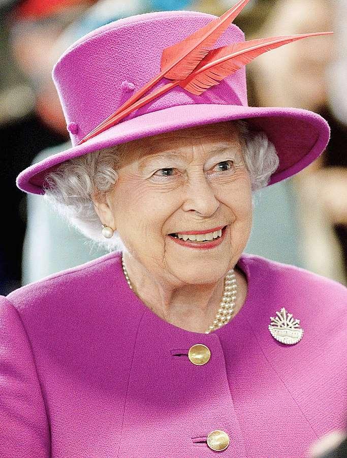 683px-Queen_Elizabeth_II_March_2015.jpg