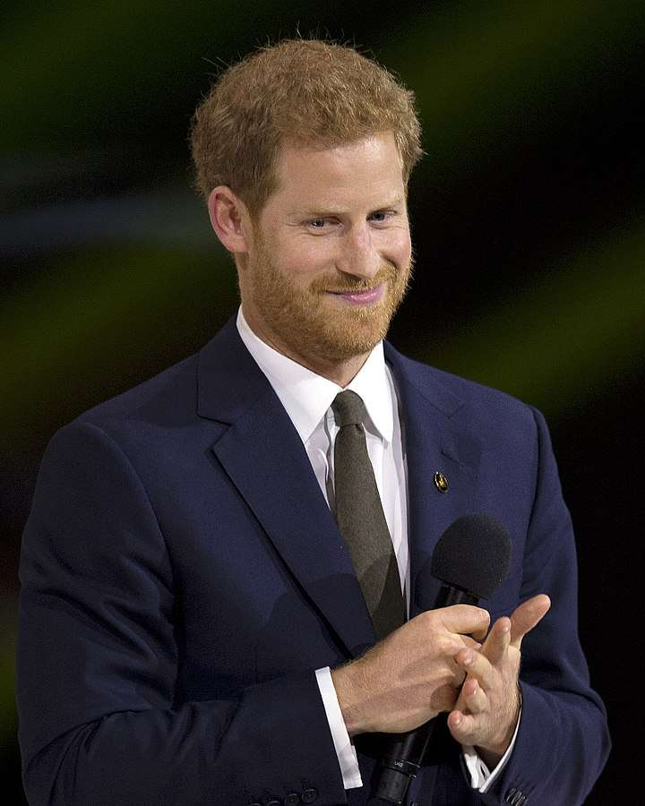 720px-Prince_Harry_at_the_2017_Invictus_Games_opening_ceremony.jpg
