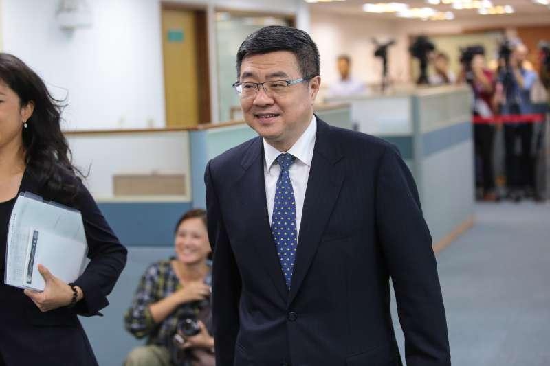 20180606-行政院秘書長卓榮泰6日出席民進黨中常會。(顏麟宇攝)
