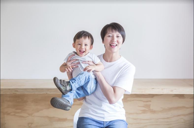 林欣誼與兩歲的兒子,雲仔。(圖/Cubo,數位時代提供)