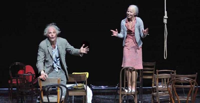瑞士洛桑劇院《椅子》劇照。(台北藝術節提供)