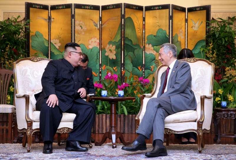 2018年6月新加坡「川金會」,北韓最高領導人金正恩10日抵達新加坡,會晤李顯龍總理(新加坡總理府)