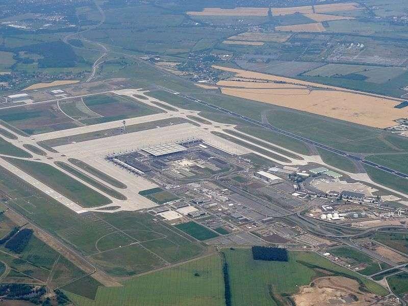 2018-06-25柏林布蘭登堡國際機場(維基百科)