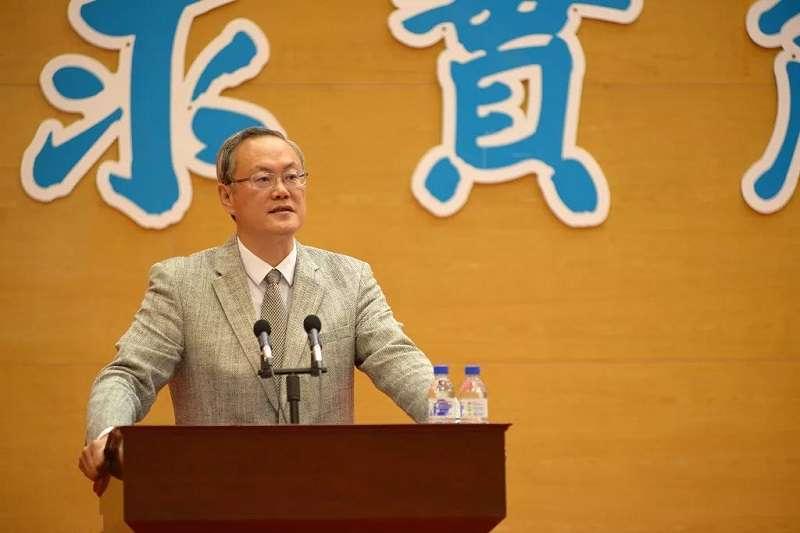 吉林大學經濟學院、金融學院院長李曉教授在2018年畢業典禮上講話。