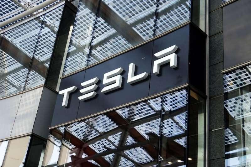連Tesla都難以獲利,並陷入生產地獄,這都是電動車業者的前車之鑑。(圖/shutterstock,數位時代提供)