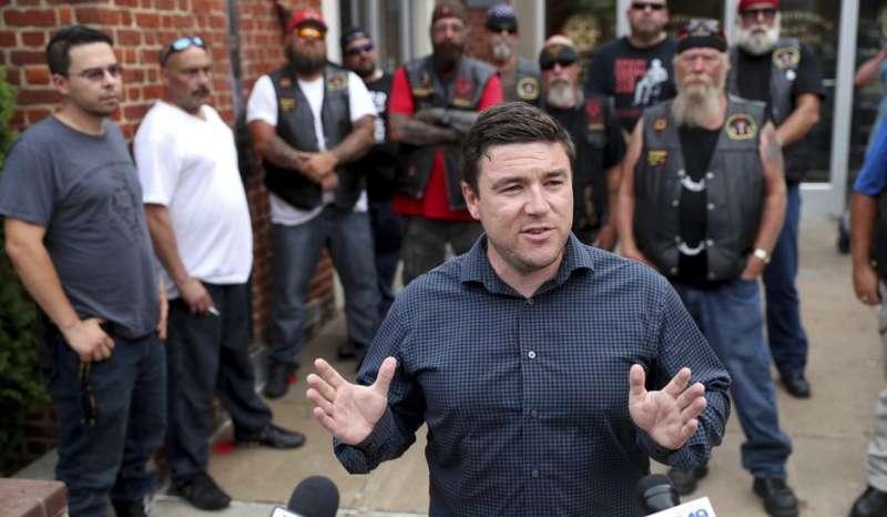 去年8月「右派大團結」活動的發起人凱斯勒(前)(AP)