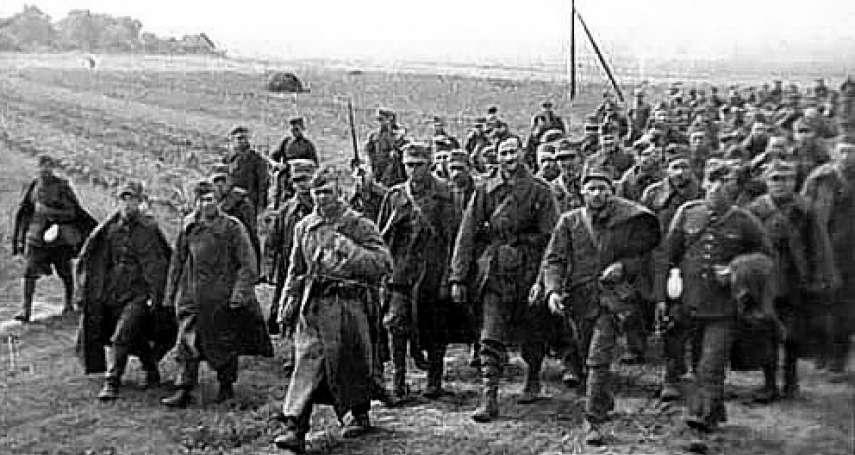 歷史上的今天》4月13日──這次不是我幹的!納粹德國揭發蘇聯坑殺波蘭菁英的「卡廷大屠殺」