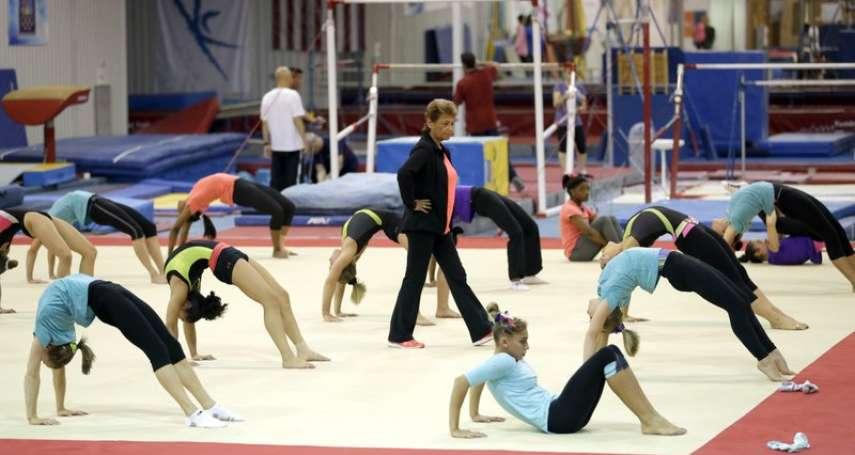隊員餓到翻垃圾桶、練到手流血才能停 美國體操隊傳奇教練夫妻遭爆虐待選手 默許狼醫性侵隊員