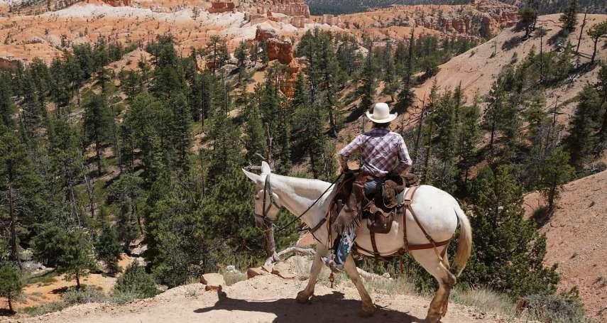 橫越高山、沙漠,十天跑了半個美國…西部牛仔的最後舞台,竟然是去當「郵差」?