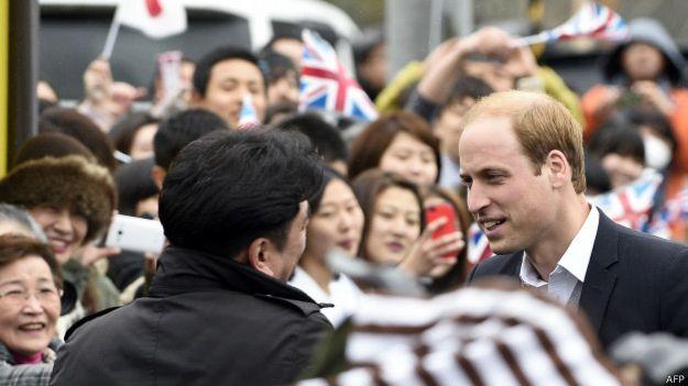 威廉王子訪日期間每天的舉動,都被各大日媒密切關注,也佔據著各大傳媒網「最受關注」榜。(BBC中文網)