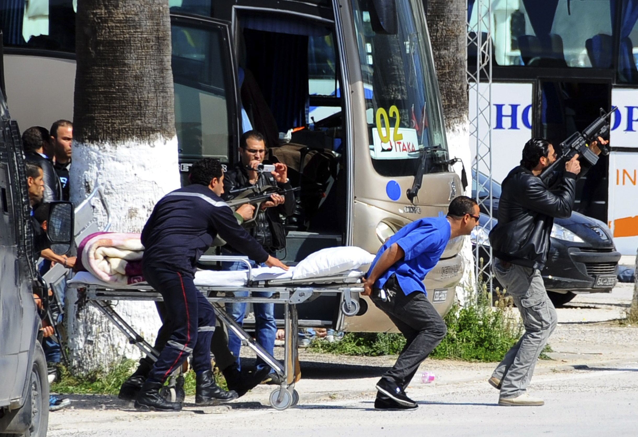 突尼西亞博物館恐怖攻擊