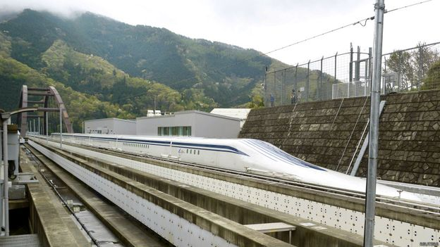 山梨縣試驗線將成為中央新幹線的一部分。(BBC中文網)