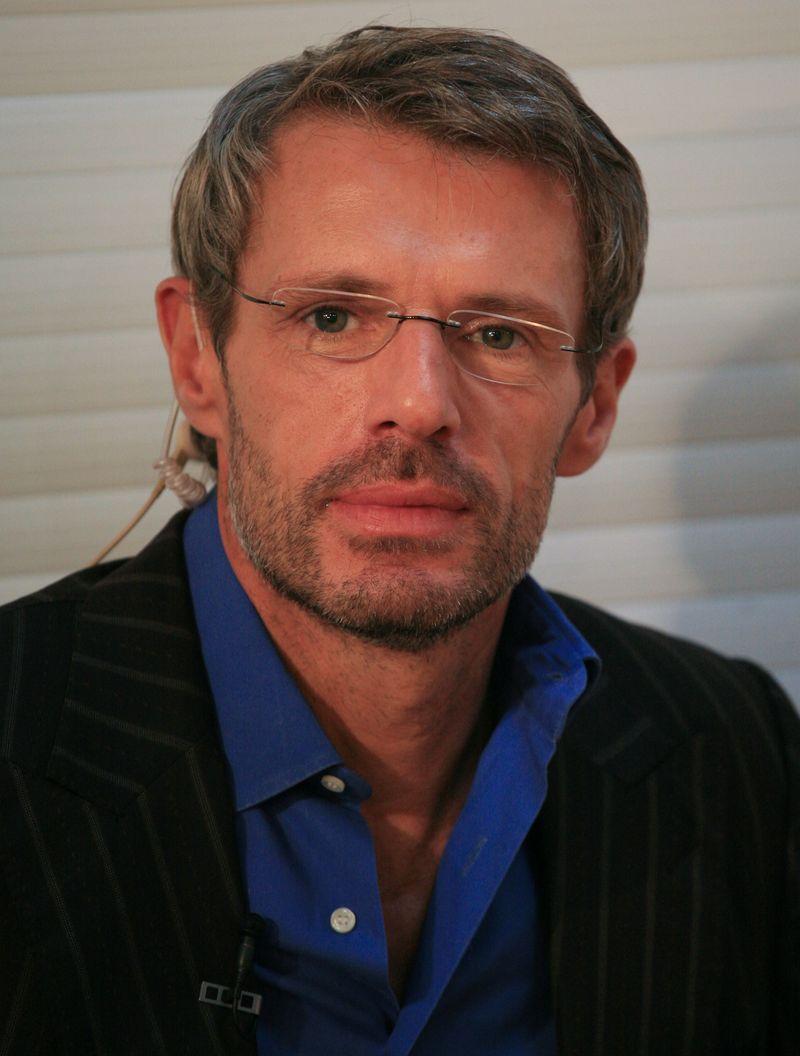 蘭伯特威爾森(Lambert Wilson)
