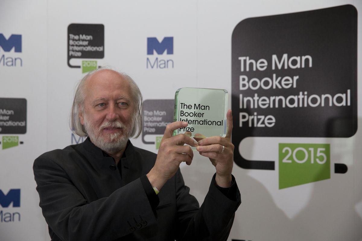 2015年曼布克國際文學獎(Man Booker International Prize)得主,匈牙利作家克勞斯納霍爾考伊(Krasznahorkai László)
