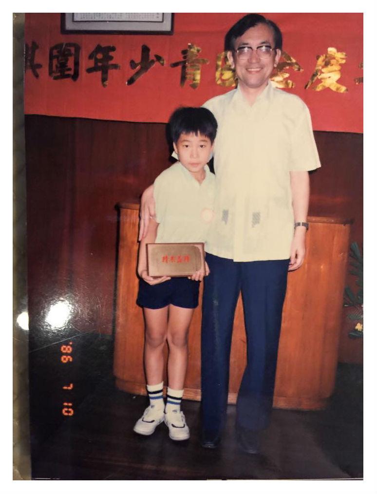 沈君山、施懿宸(左)師徒合照,圖片:施懿宸提供