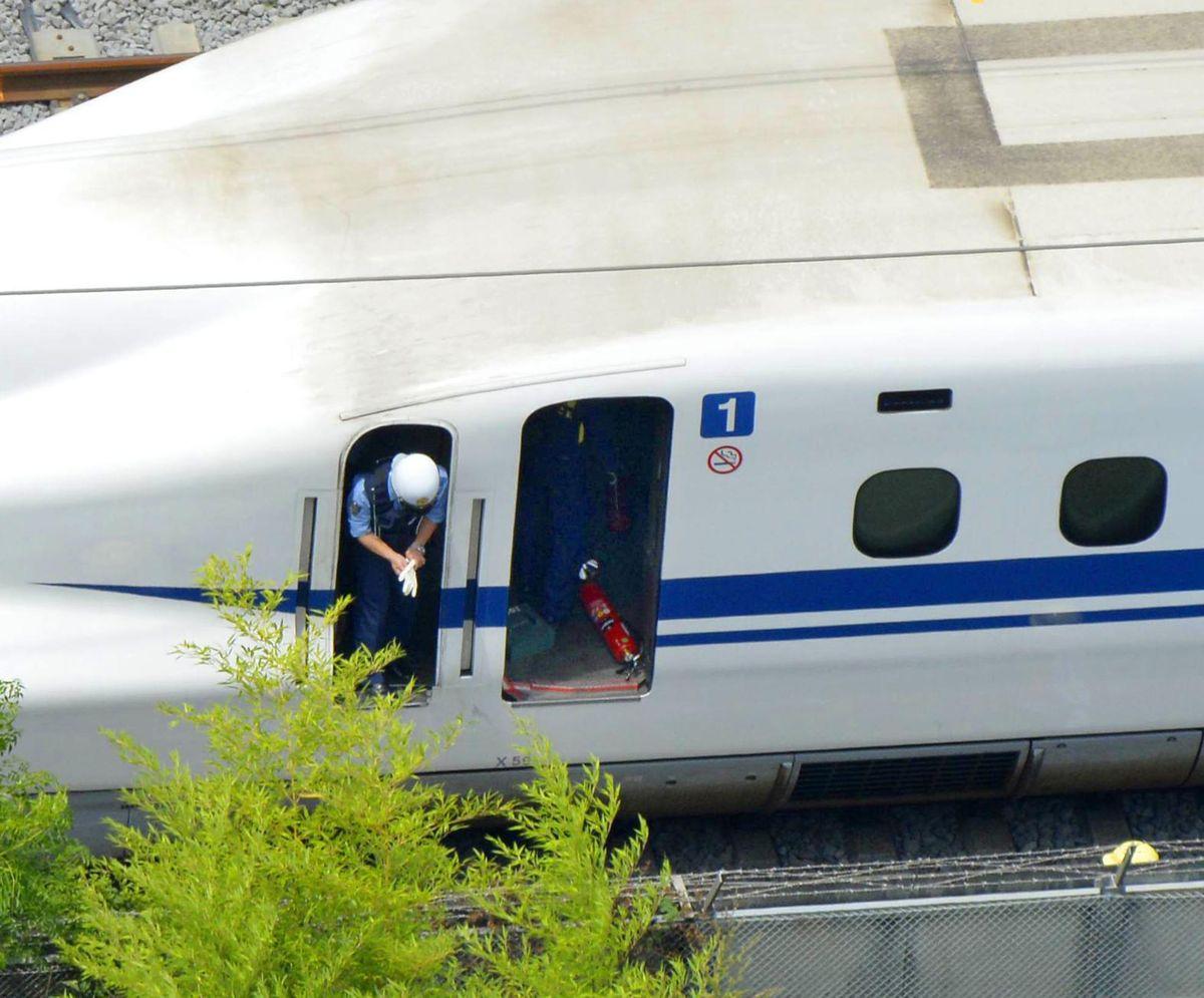 日本東海道新幹線列車起火 傳出乘客自焚(美聯社)