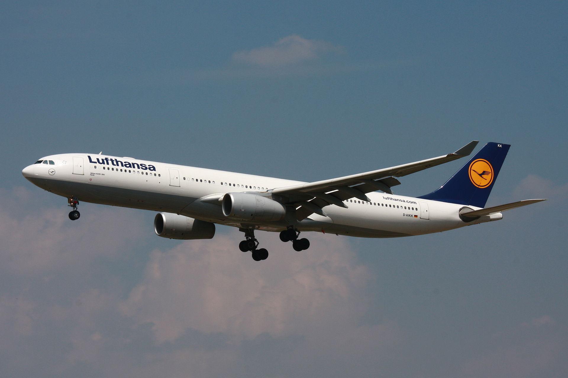 李克強訪法,訂購75架A330客機。圖為A330-300。(維基百科)