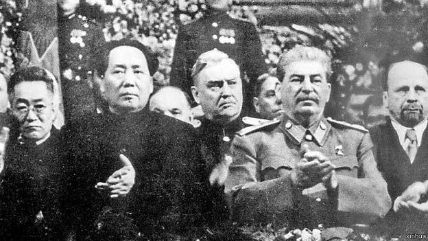 潘佐夫: 只有在1953年史達林去世後毛澤東才能不受約束地按照自己的理想行事。(BBC中文網)