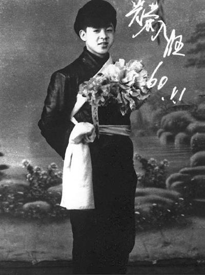 雷鋒在1960年如願加入解放軍(翻攝維基百科)