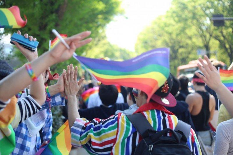 日本近年LGBT議題備受矚目,日本女子大學也在近日開始就開放跨性別學生入學進行探討。(取自東京彩虹遊行臉書)