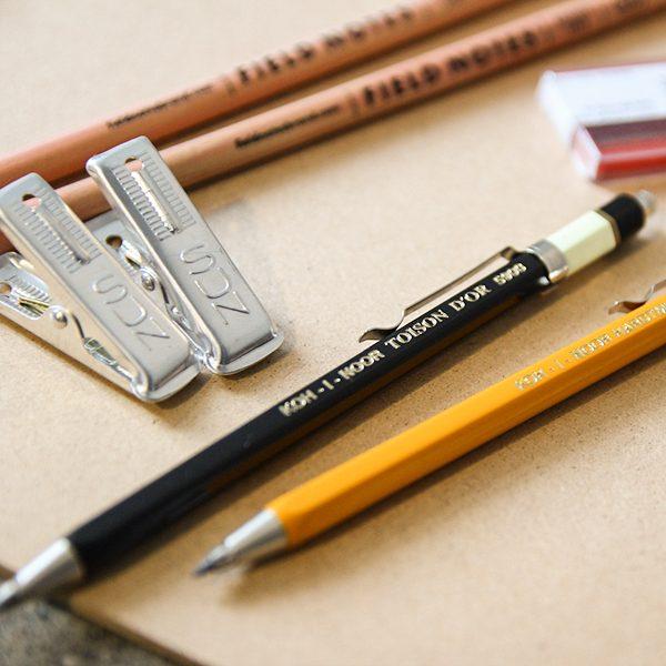 KOH-I-NOOR工程筆系列使用2.0mm筆芯,書寫時不易斷裂。(圖/茶筆巷提供)