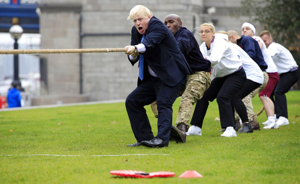 英國新首相強森。(AP)