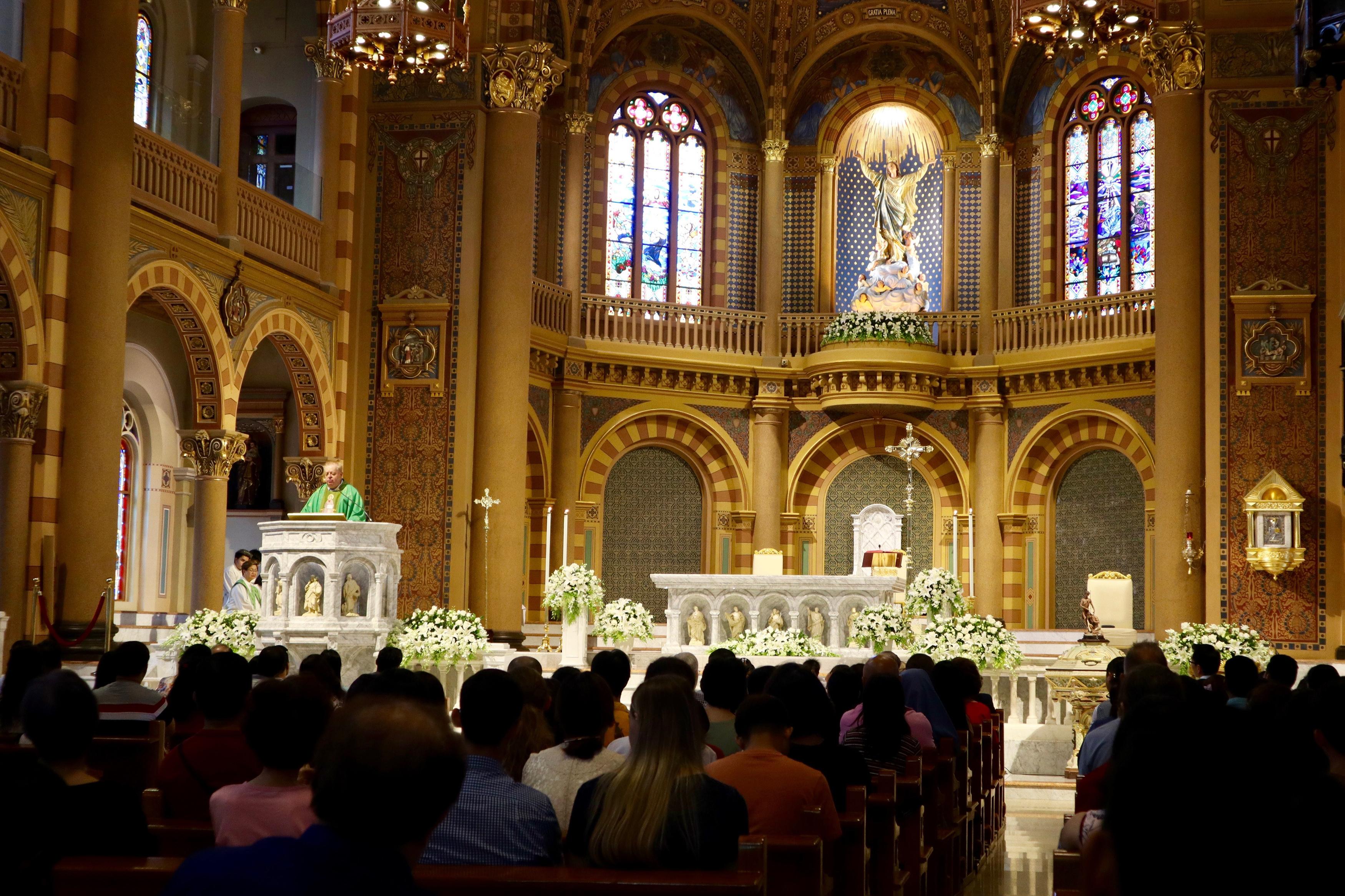 泰國首都曼谷的天主教堂、教徒與彌撒(AP)