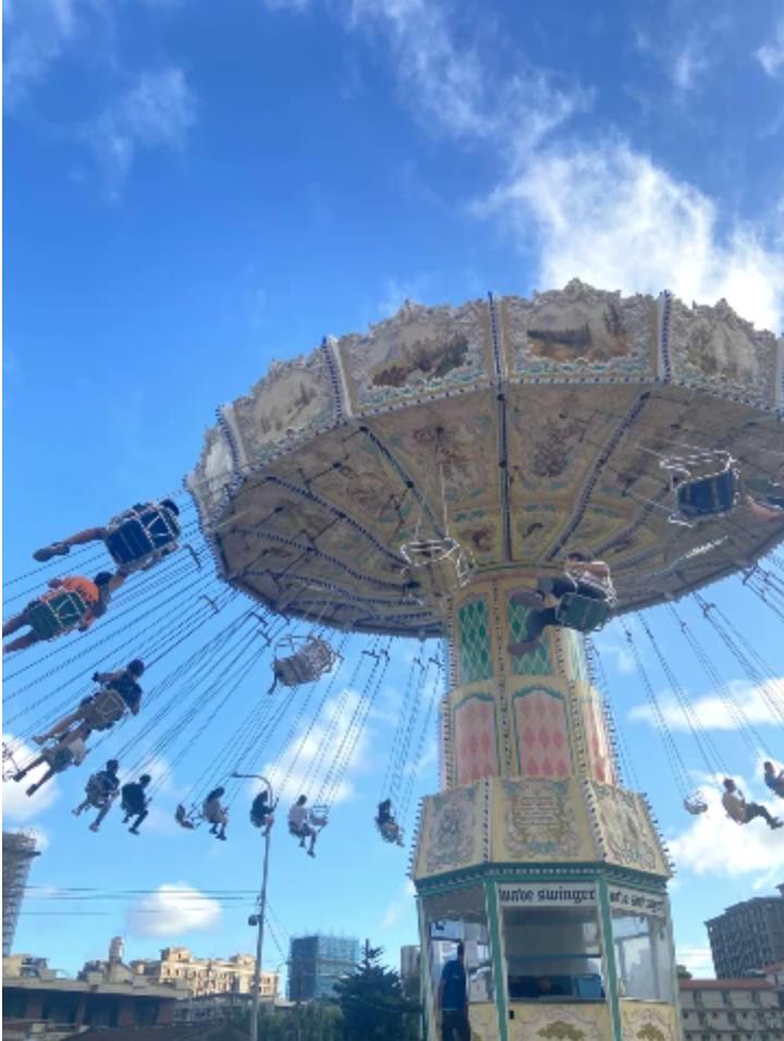 搖擺波浪,俗稱天女散花(?)的遊樂設施,V邊到遊樂園必玩,可以上去看風景又可以享受一下刺激感,一舉數得呢!(圖/非常有話聊提供)