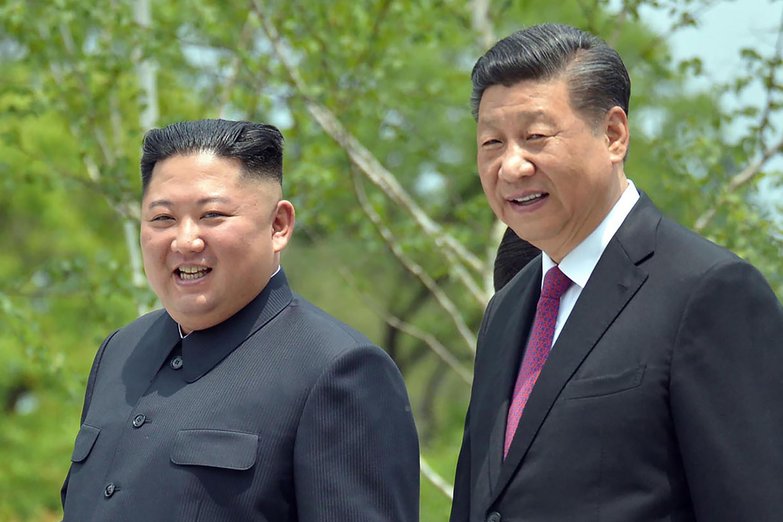 2019年6月21日,北韓最高領導人金正恩與中國國家主席習近平會面(AP)