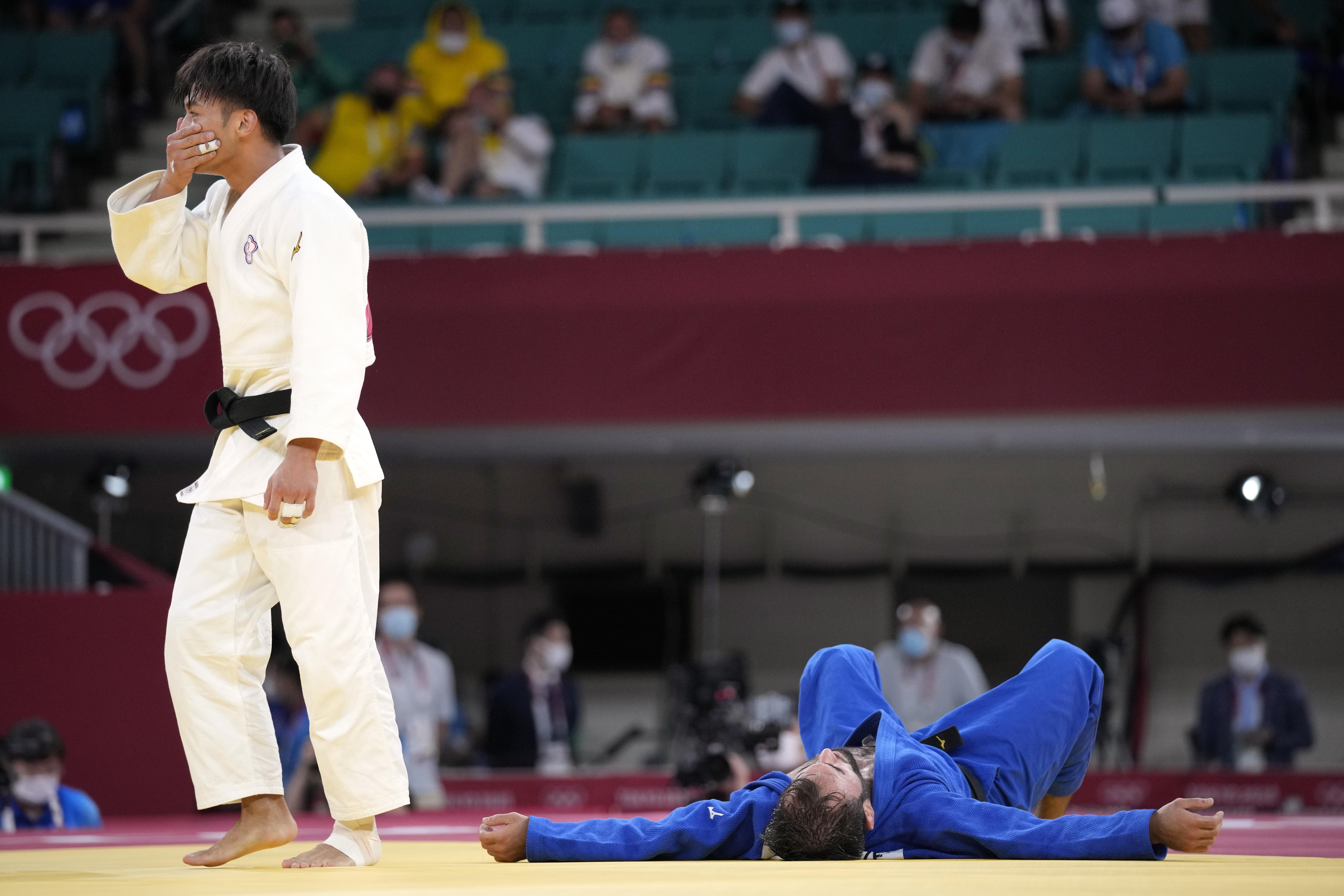 2021年7月24日,台灣柔道好手楊勇緯在東京奧運柔道男子60公斤量級4強賽,擊敗法國選手姆凱德澤(Luka Mkheidze),挺進冠軍戰,坐銀望金,確定為台灣奪下這屆奧運首面獎牌(AP)