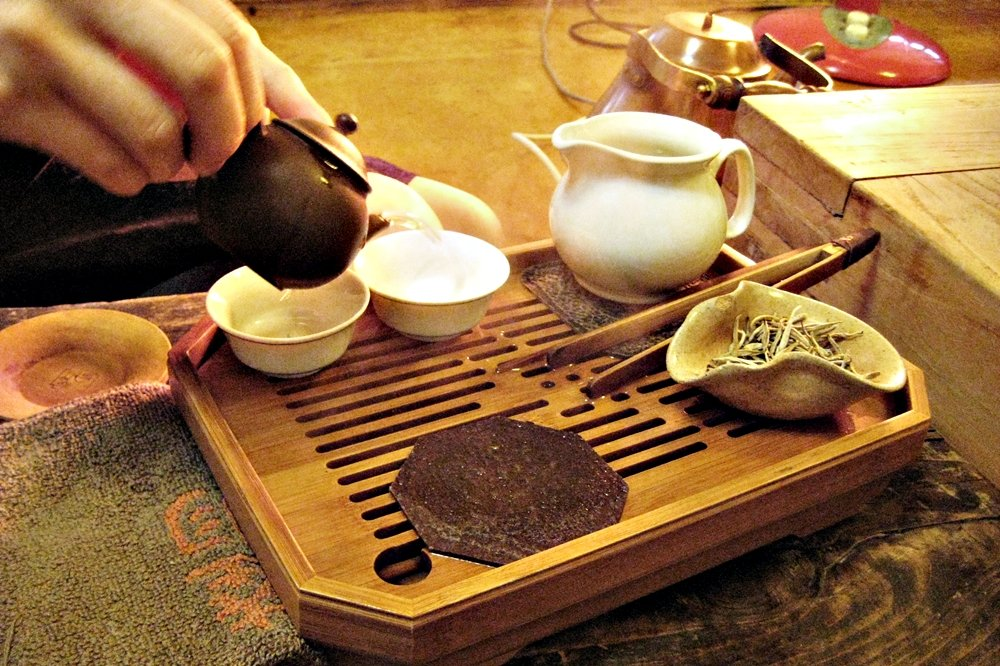 佔茶葉生產量不到1%的夢幻抗老聖品:「白茶」到底是什麼?怎麼喝才健康?