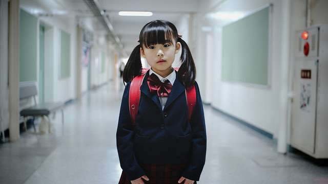 抄課本、背書考試只會降低智商!她:父母3步驟替孩子行使「教育選擇權」!
