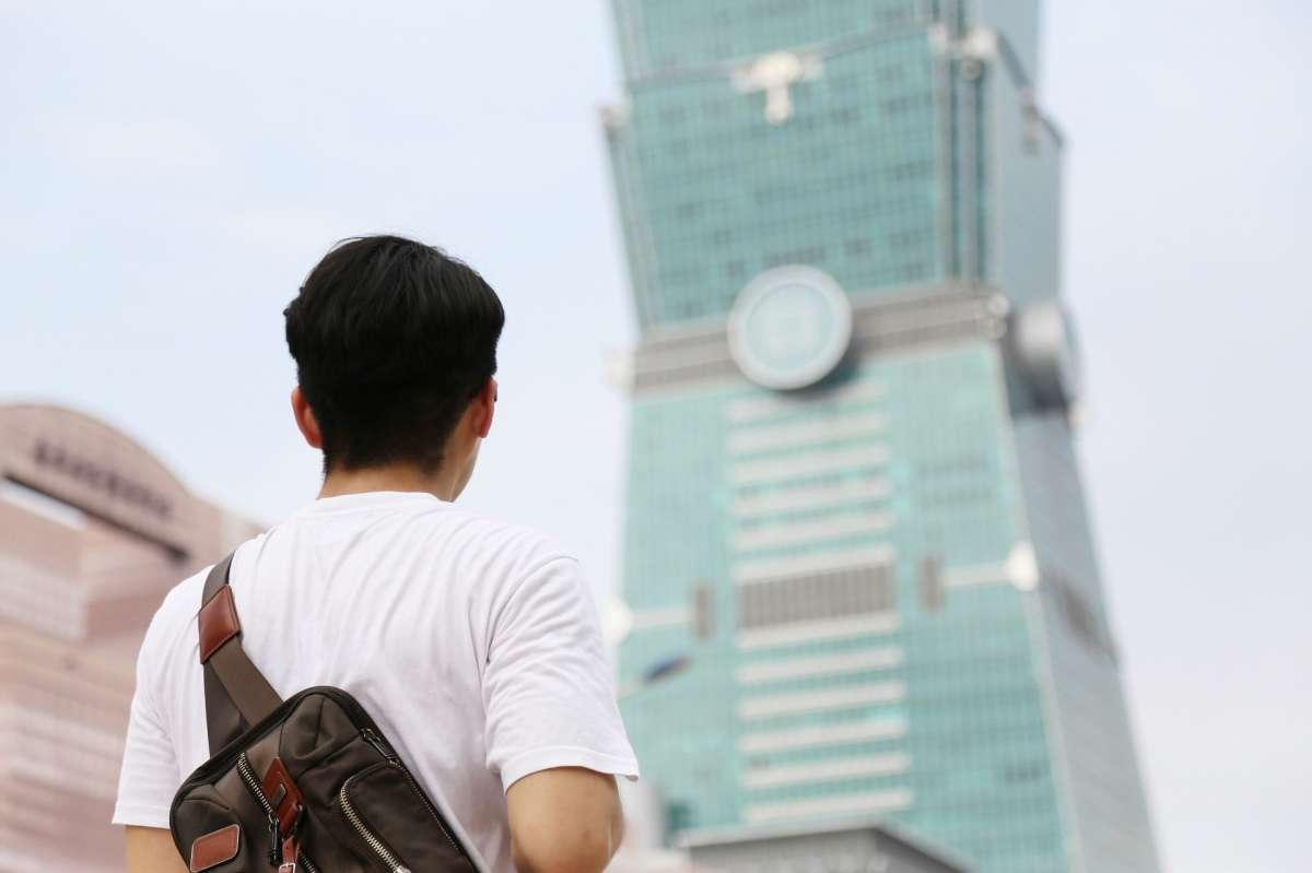 薪水不漲、房價狂飆,台北「這區」9成薪水繳房貸!專家揭天龍國「窮得只剩房子」的悲哀