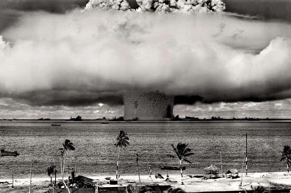 美國釋出55年前機密紀錄!一舉公開250部「核試爆影像」,巨大爆裂後的蕈狀雲充滿不祥…