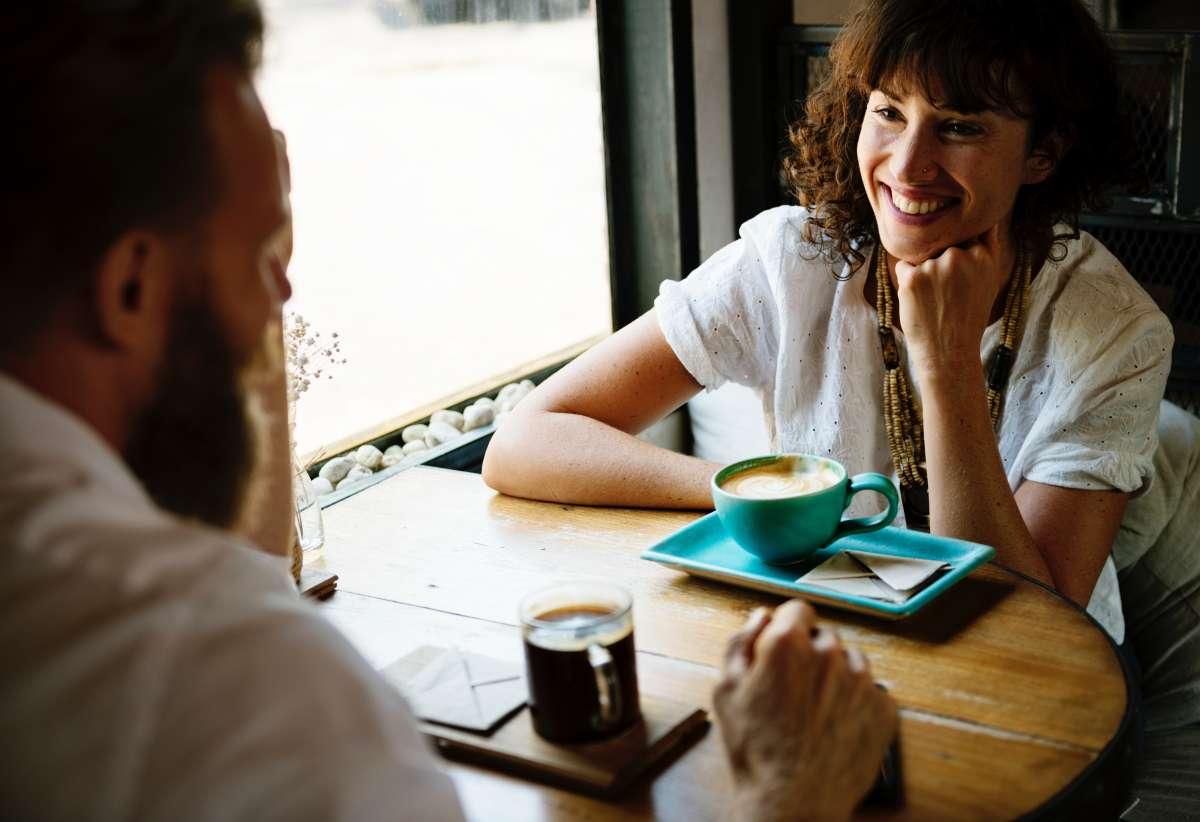 台人說英文常太死板,老外都覺得嚴肅!7大日常對話「換個字」,整句就能瞬間活起來!