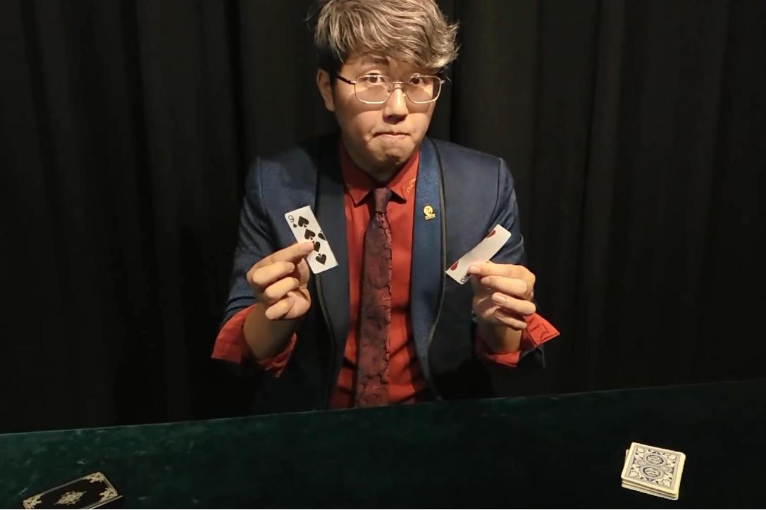 有人被騙了27年還沒看透!台灣魔術師用2分鐘表演完美詮釋「九二共識」不過是個幻術…