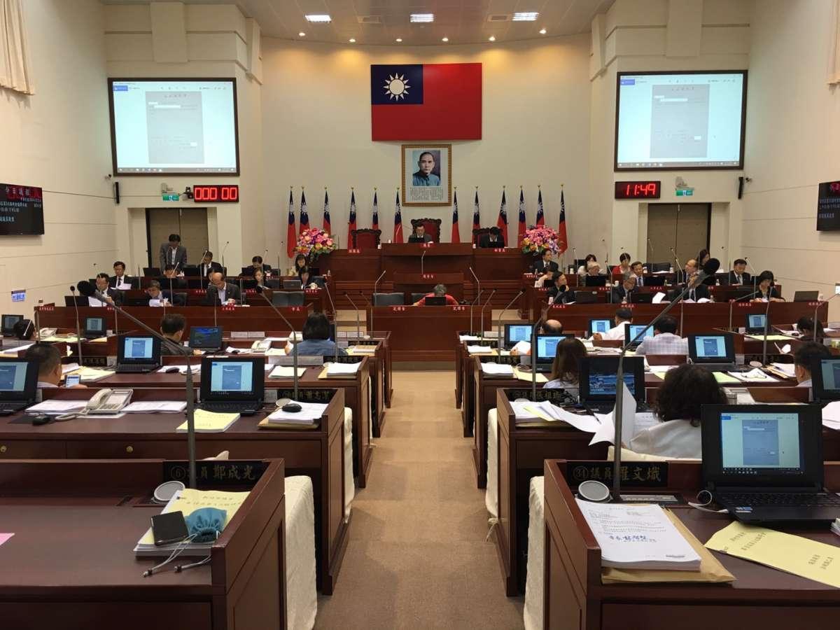 全體議員無異議修正通過 竹市動保自治條例三讀過關