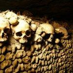 生人勿近!花都巴黎的黑暗史,百萬人骨堆疊的地底之城