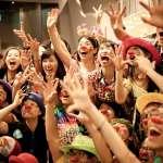 「教育從未讓我真的去探索...」七年級女孩赴義大利拜小丑為師,「藝術療癒」贏得無價笑容