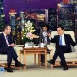 李克強首度接受外媒專訪 暢談中國政經大勢