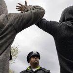 黑人青年疑遭警虐殺 巴爾的摩抗議頻傳