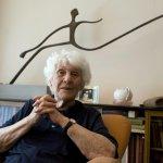 等了77年的博士論文口試 102歲人瑞終圓夢